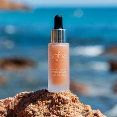 La formula esclusiva Soha combina l'efficacia dell'Acido Ialuronico a tre differenti pesi molecolari con un estratto di resina di lentisco e polvere di quarzo rosa.Il Siero Filler anti-rughe utilizza i componenti in sinergia per idratare, rimpolpare, ridensificare e ridurre la visibilità delle rughe.  #coralloAi3 #corallo #sohasardinia #beautyproducts #beauty #beautyroutine #dailyroutine #skincareroutine #beautytips #beautylover #naturalproducts #parabenfree #siliconfree #fedeltapp #giveback