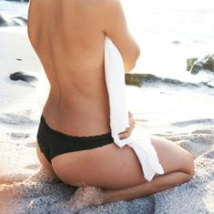 Summer Ready vi prepara alla prova bikini riducendo lo spessore del tessuto adiposo. Utilizzato con costanza, lascerà la pelle visibilmente tonificata.  https://www.sohasardinia.com/it/  #summerready #summer #body #antiage #sohasardinia #beautyproducts #beauty #beautyroutine #dailyroutine #skincareroutine#beautytips #beautylover #naturalproducts#parabenfree #siliconfree #fedeltapp #giveback